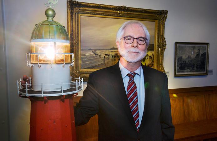 Paul de Kievit, directeur van Muzee Scheveningen, in zijn museum.