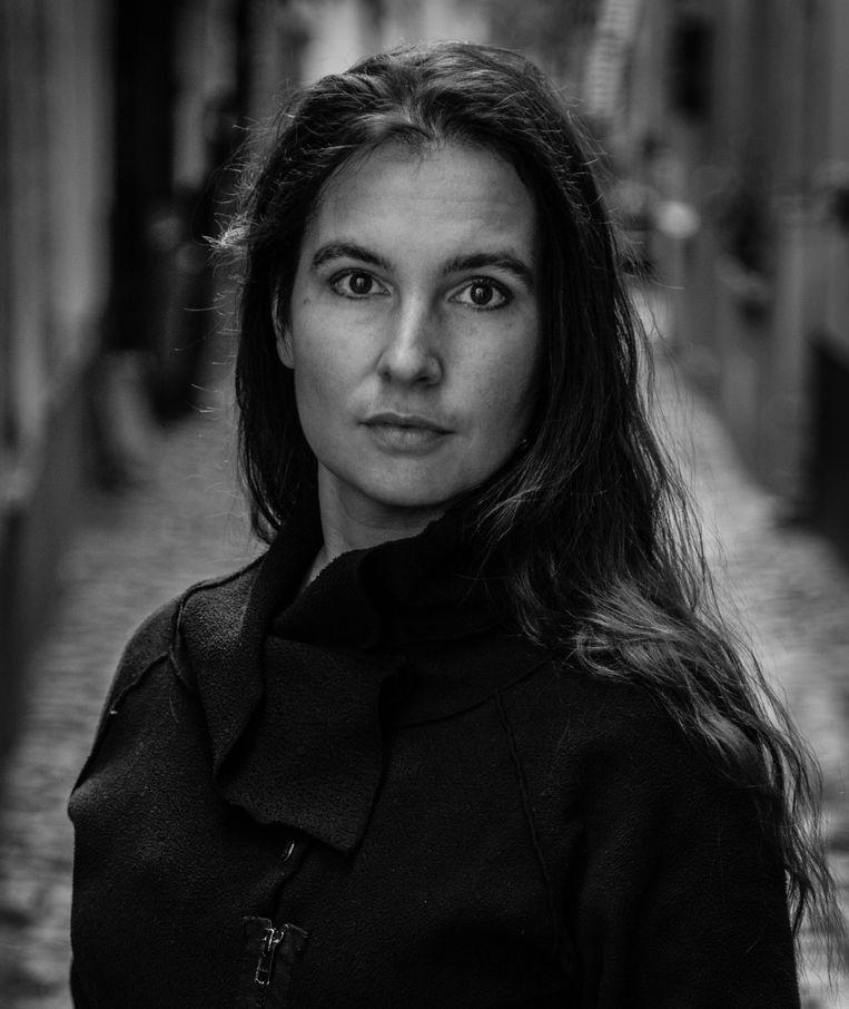Hannah Roels weet haar roman deskundig te doseren. Ook de korte hoofdstukken zorgen voor ritmiek. Helaas zie je de 'ontknoping' al van ver aankomen. Beeld Kristof Vadino