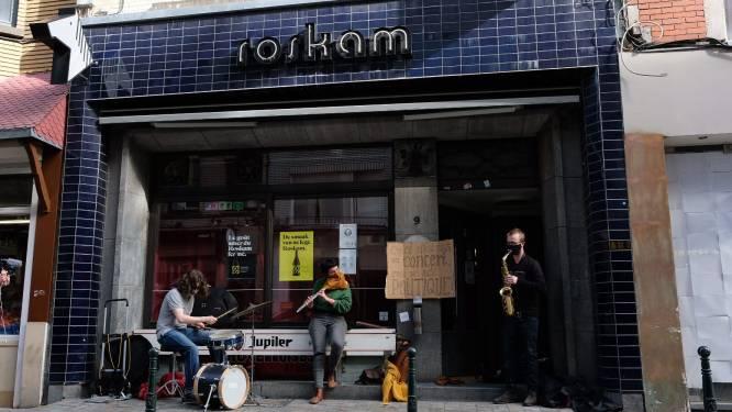 Artiesten vragen met miniconcerten voor café Roskam aandacht voor cultuur- en horecasector