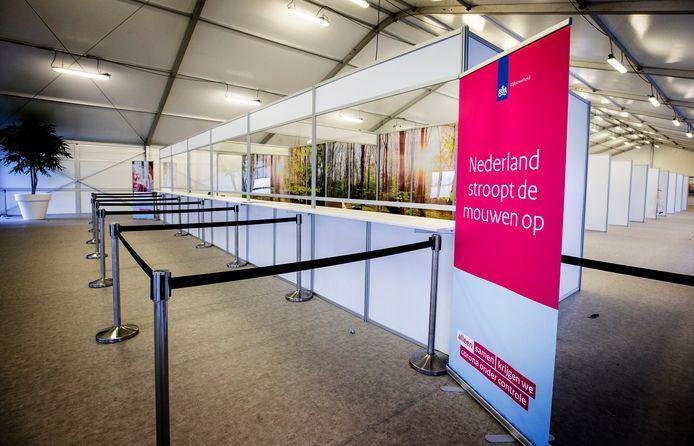 Door leveringsproblemen van het AstraZeneca vaccin blijft het op de priklocaties in Den Haag en Westland bijzonder rustig, aantal prikkers is afgeschaald.