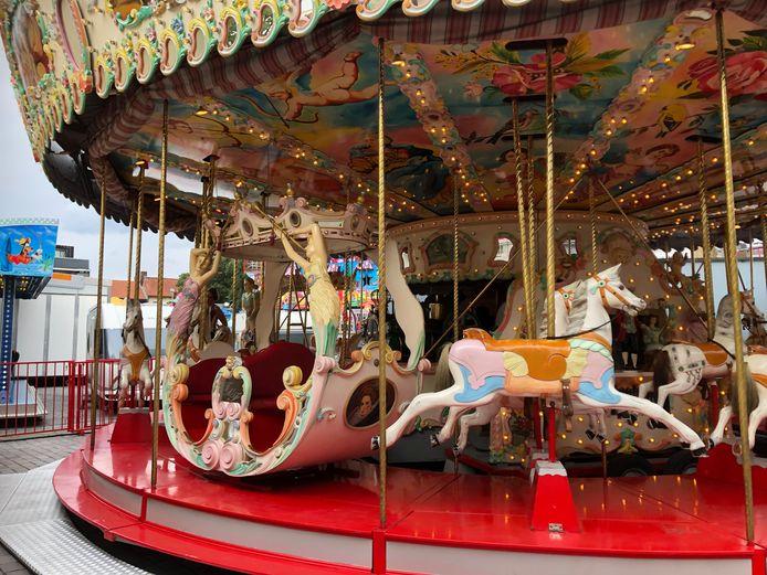 De carrousel op de kermis in Turnhout