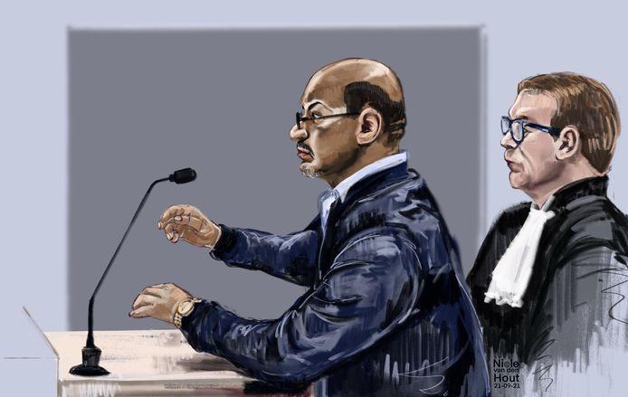 Rechtbanktekening van Eisa S. in de extra beveiligde zittingszaal in Rotterdam met zijn advocaat Andre Seebregts. S. wordt verdacht van lidmaatschap van de verzetsbeweging ASMLA. Deze zou achter diverse aanslagen in Iran zitten.