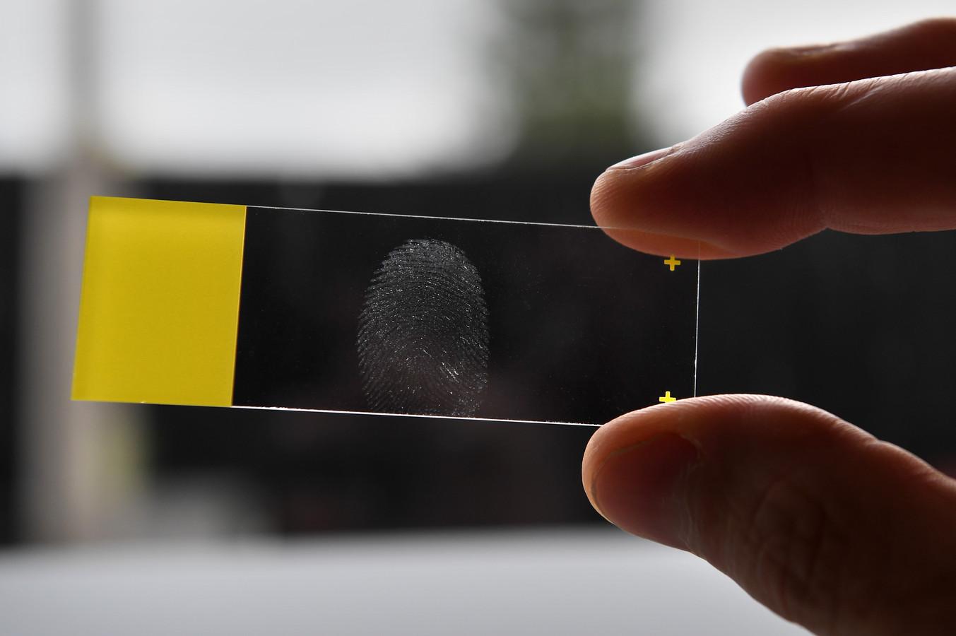 CSI-laboratorium onderzoek vingerafdruk in Deventer