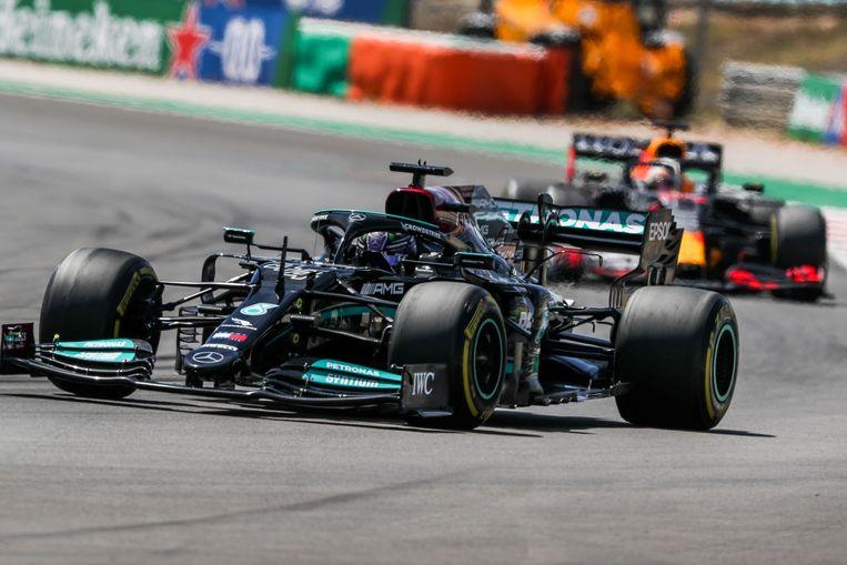 Hamilton was Verstappen te snel af. Beeld EPA