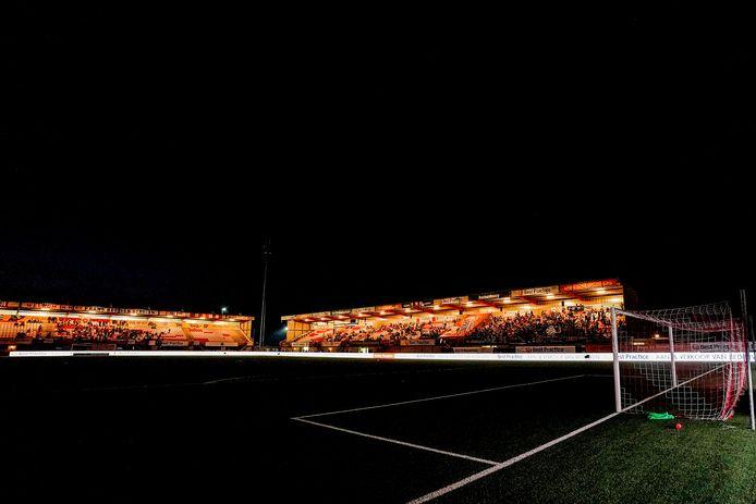 Het licht is uitgevallen in het stadion van TOP Oss.