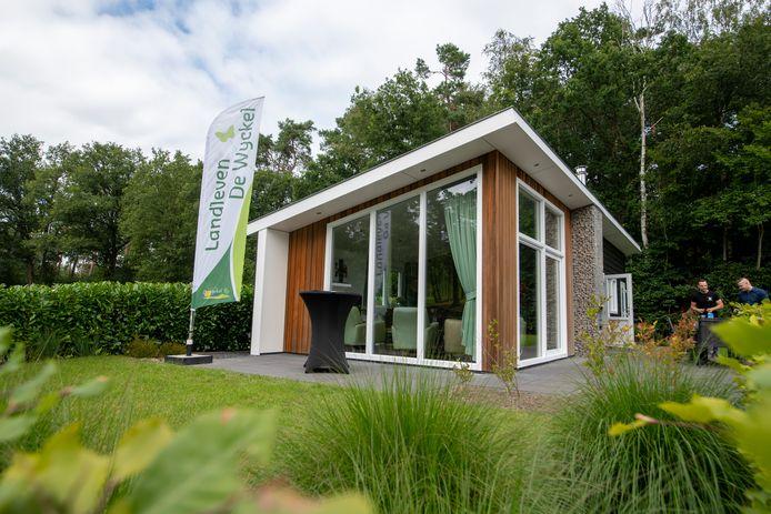 De familie Luijtjes uit Harderwijk heeft dit vakantiehuis gewonnen bij de loterij 'Hart voor Oosterwolde'.