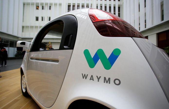Een zelfrijdende auto van Waymo