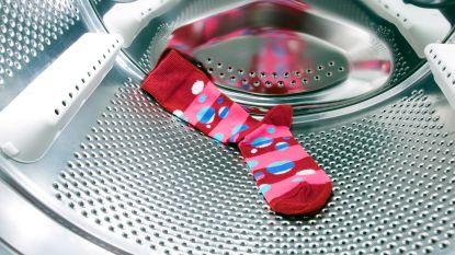 Het mysterie van verdwenen sokken in de wasmachine eindelijk opgelost