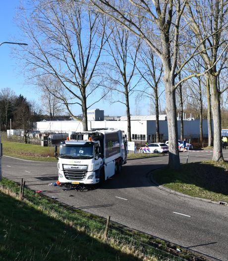 Fietsster (68) die werd aangereden door vuilniswagen in Tholen is overleden