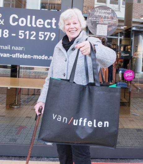 Hebbes, een nieuwe jas! 'Shoppen kan niet, maar bestellen en afhalen is ideaal'