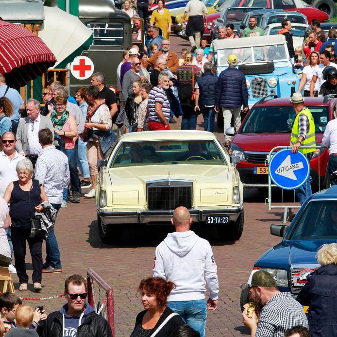 Het Oldtimer Festival in Moerdijk in 2018.  Het festijn trok toen meer dan tienduizend bezoekers.
