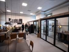 Stationsgebouw van Winterswijk heeft weer smoel gekregen; renovatie achter de rug