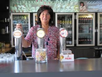 """Greet heropent taverne Melrose... voor nog amper vijf weken: """"Ik wou niet sluiten zonder afscheid te nemen van mijn klanten"""""""