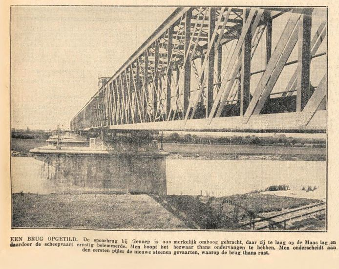 Een foto uit 'De Tijd' van 18 juli 1931 van de inmiddels in gebruik genomen verhoogde brug.
