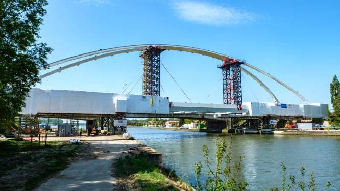 Nieuwe brug over Albertkanaal open voor verkeer vanaf 28 juni