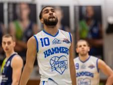 Basketballers Landstede Hammers op drempel van de finale niet opgewassen tegen ijzersterk Leiden