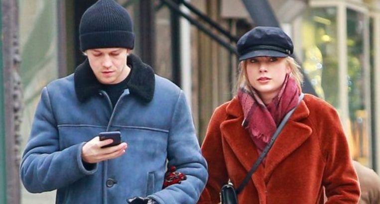 Taylor Swift en haar vriend Joe Alwyn worden zelden samen in het openbaar gespot.