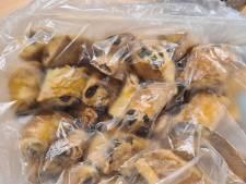 Politie Ede zoekt eigenaar van deze rozijnenbroodjes
