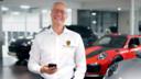 Eigenaar Michel Arfman verhuist met Porsche Centrum Twente naar Deventer.