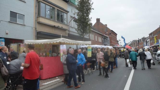 """AWV wil geen jaarmarkt op N460 in Haaltert door omleiding voor werken op N8 in Ninove, maar gemeente laat markt toch doorgaan: """"Jaarmarkt verander je zomaar niet even van locatie"""""""