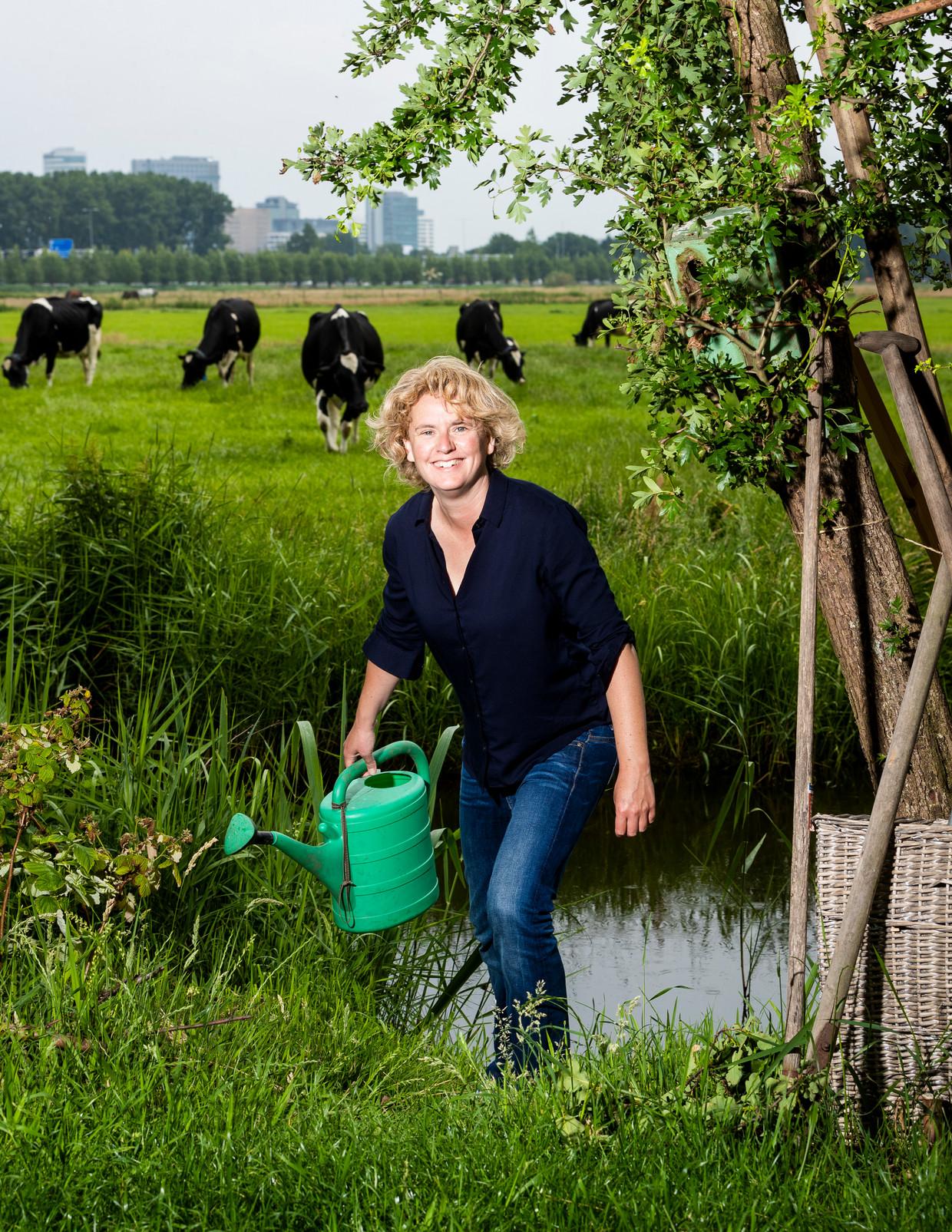Geograaf Floor Milikowski ontdekte gaandeweg haar carrière dat de geografische ongelijkheid in Nederland een beleidskeuze is. Beeld Jiri Büller