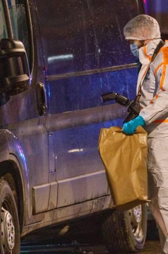 Verdachten granaataanslagen opgepakt dankzij politie die chatberichten en schuilnamen op Sky-telefoons ontcijfert
