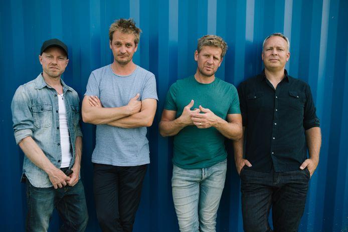 De band Racoon, met (vlnr) Paul Bukkens, Maarten van Damme, Bart van der Weide en Dennis Huige