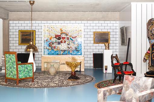 fotoreeks over Binnenkijken: deze Antwerpse loft is één grote LSD-trip doorheen de kunst- en pophistorie