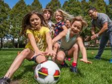 Voetbalclub Fair Play popelt om weer tegen een bal te trappen: 'Nu al bijna honderd leden'