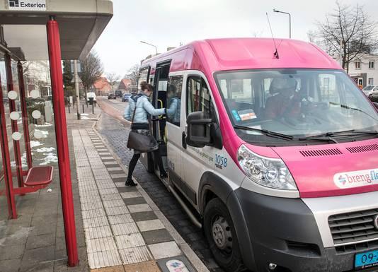 Reizigers zijn blij met de flexibele Breng-busjes, het personeel wat minder.