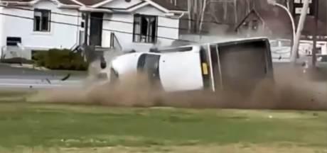 Une course-poursuite se termine par un accident spectaculaire au Québec