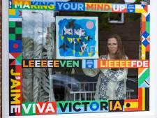 Kim van Norren maakte kunstwerken over het Songfestival: 'Gaat het nergens over? Dan luister je ook niet'