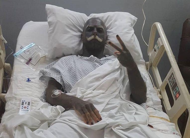 Adam Curlykale na zijn operatie.