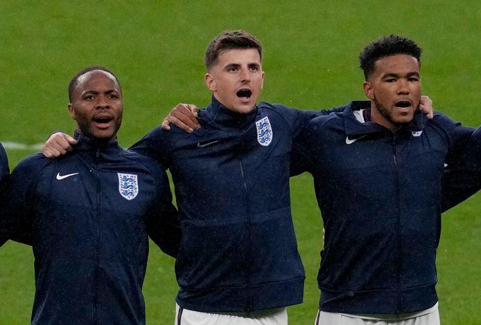 Ook Mason Mount (midden) en Reece James (rechts) kunnen na de CL ook het EK winnen dit seizoen, net als hun Chelsea-ploegmaat Ben Chilwell.