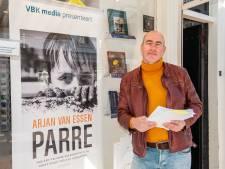 Na theatervoorstelling komt Arjan van Essen met autobiografische roman over geheime verslaving
