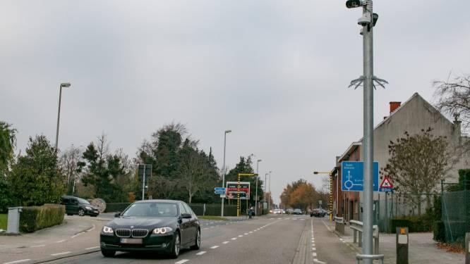 627 bestuurders op de bon geslingerd in Hoge Bokstraat via trajectcontrole