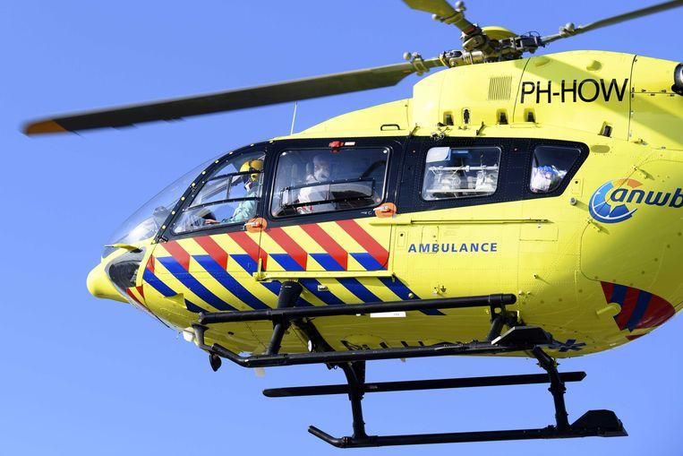 Het slachtoffer van de aanrijding is met een traumahelikopter naar het ziekenhuis overgebracht.  Beeld Olaf Kraak/ANP
