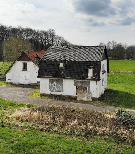 Oldenzalers vragen zich af: 'Wat is er toch aan de hand met dit huis?'
