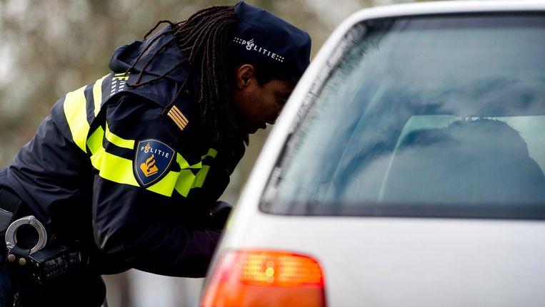 Een verkeerscontrole in Groningen. Beeld anp
