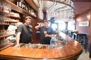 Charlie en Baptiste zullen hun ervaring als cateraars gebruiken om in hun café Martiko ook fijne gerechten aan te bieden.