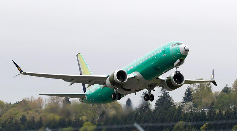 Een Boeing 737 MAX-toestel tijdens een testvlucht in Seattle. Beeld AP
