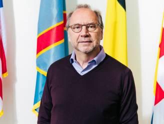 """Viroloog Peter Piot: """"Groepsimmuniteit is de oplossing, maar je kan de mensen niet laten sterven"""""""