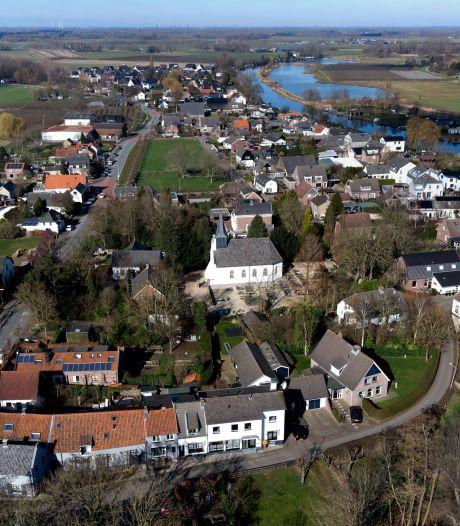 Groeten uit Rhenoy, het dorpje in de Betuwe is geliefd bij toeristen én ooievaars
