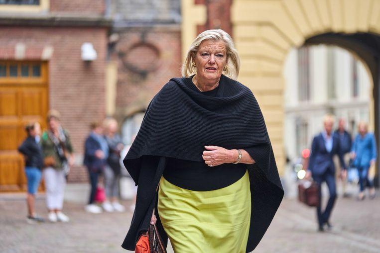 Demissionair staatssecretaris Ankie Broekers-Knol van Justitie en Veiligheid (VVD) arriveert bij het ministerie van Algemene Zaken voor de eerste begrotingsraad.  Beeld ANP