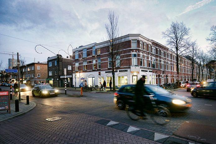 De hoek van de J.P. Coenstraat en de Kanaalstraat in de Utrechtse wijk Lombok.