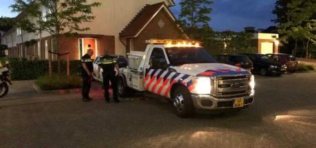 Vermoedelijk gestolen auto in beslag genomen in Hardinxveld
