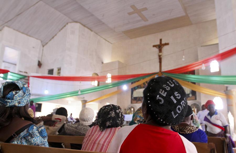 Christenen herdenken een aanslag van Boko Haram eerder deze maand.