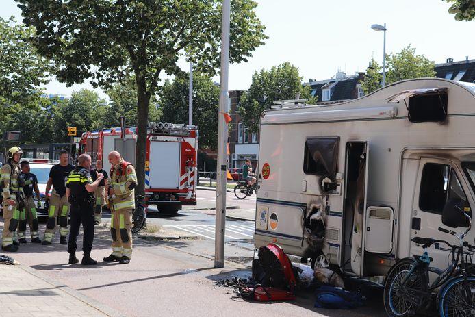 De brandblusser in huis werd in paniek vergeten en voor Elsbeth Teeling het wist, was de brandweer er al.