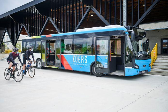 De KOERSbus (archiefbeeld) komt naar Waregem.