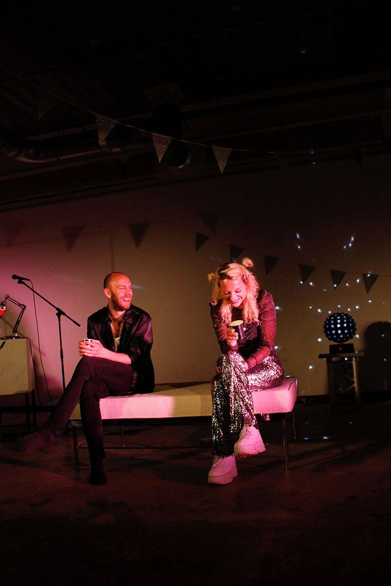 Leon Brill en Lilou Dekker in Samenkomst in positieve sfeer. Beeld Randa Peters